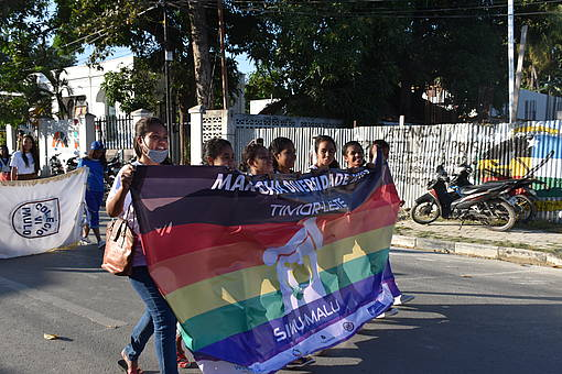 Jugendliche waren die Mehrheit der Teilnehmenden am ersten Pride in Ost-Timor am 30. Juni 2017 © by UN Women Asia & the Pacific is licensed with CC BY-NC-ND 2.0. To view a copy of this license, visit https://creativecommons.org/licenses/by-nc-nd/2.0/