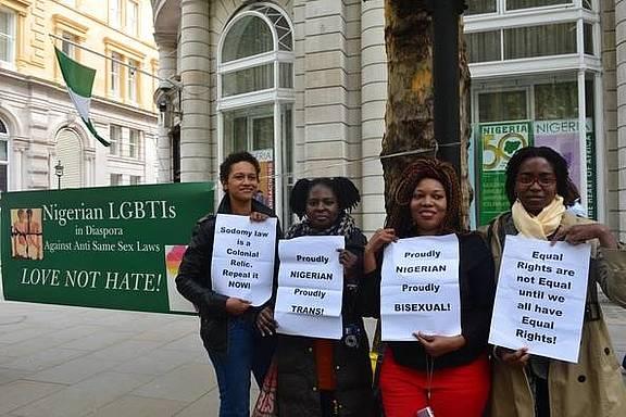Demonstration vor dem nigerianischen Hochkommissariat in London