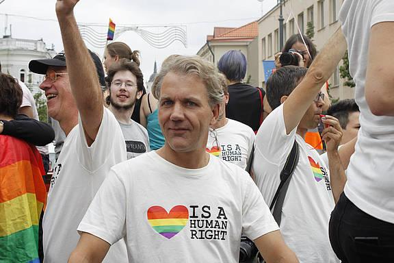 Amnesty-Aktivist_innen beim Baltic Pride 2013