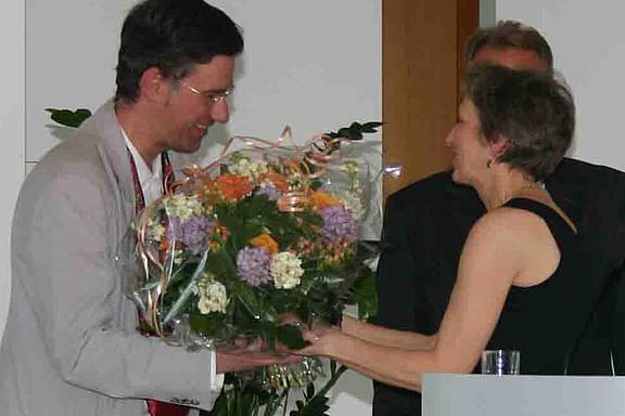 Gruppensprecher Rupert Haag bei der Preisverleihung des Humanistischen Verbandes an MERSI