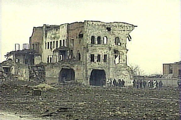Von russischen Bomben zerstörtes Gebäude in Grozny, Tschetschenien