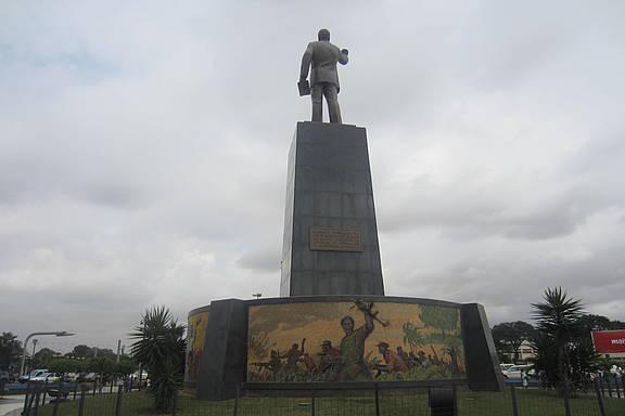 Platz der Unabhängigkeit in Luanda, Angola