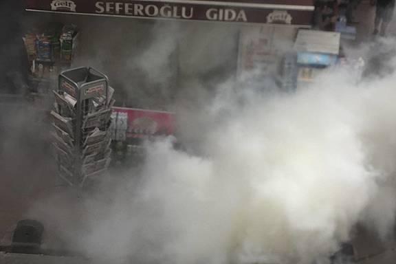 Rauchbomben der Polizei beim Istanbul-Pride 2016