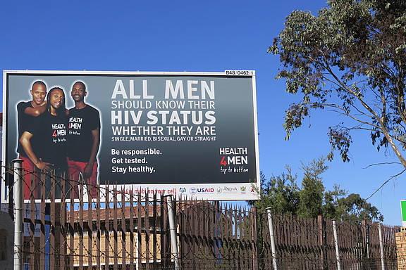 Poster zur HIV-Aufklärung, Ermole, Mpumalanga, Republik Südafrika