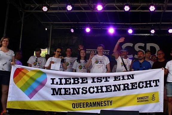 Queeramnesty beim CSD in Karlsruhe
