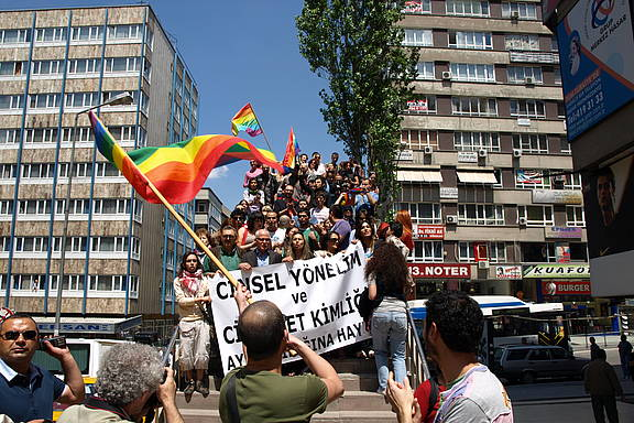 Parade zum IDAHOT 2008 in Ankara