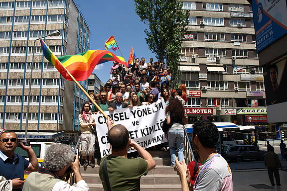 Parade zum IDAHOT 2008 in Ankara