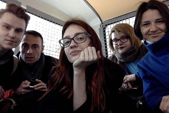 fünf Personen wurden inhaftiert, als sie eine Petition an das Amt des russischen Generalstaatsanwalts für Tschetschenien abgeben wollten
